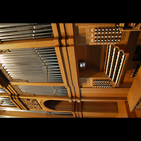 Aschaffenburg, Herz-Jesu-Kirche, Spieltisch und Orgel