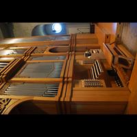 Aschaffenburg, Herz-Jesu-Kirche, Orgel und Spieltisch