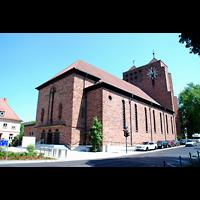 Aschaffenburg, Herz-Jesu-Kirche, Außenansicht seitlich