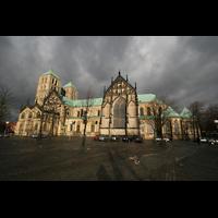 Münster, Dom St. Paulus, Domplatz und Seitenansicht des Doms