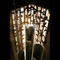 Münster, St. Lamberti (Chororgel), Blick durch die Schleierbretter des Pedals in die Kirche