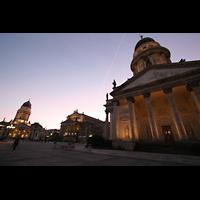 Berlin (Mitte), Konzerthaus, Großer Saal, Gendarmenmarkt mit Konzerthaus, deutschem und französischem Dom