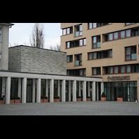 Berlin (Mitte), Katholische Akademie, St. Thomas von Aquin, Außenansicht