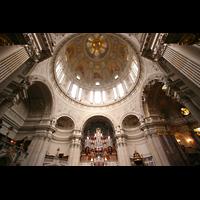 Berlin (Mitte), Dom, Tauf- und Traukapelle, Orgel mit Kuppel