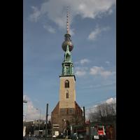 Berlin (Mitte), St. Marienkirche, Marienkirche und Fernsehturm
