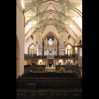 Stuttgart, Stiftskirche (Chororgel), Innenraum / Hauptschiff in Richtung Orgel