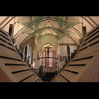 Stuttgart, Stiftskirche (Chororgel), Blick über das Rückpositiv in Richtung Chor