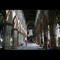Glasgow, St. Mungo Cathedral, Innenraum / Hauptschiff in Richtung Chor