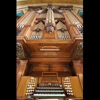 Glasgow, Kelvingrove Museum, Concert Hall, Blick vom Spieltisch nach oben