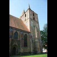 Gransee, Ev. Stadtkirche St. Marien, Seitenschiff und Türme