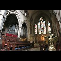 London (Kensington), St. Mary Abbots, Chorraum mit Orgel