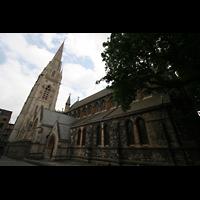 London (Kensington), St. Mary Abbots, Seitenansicht