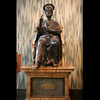 London, Westminster Cathedral, Statue des Hl. Petrus