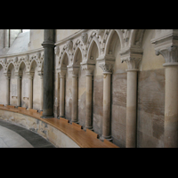London, Temple Church, Wandsäulen in der Rundkirche