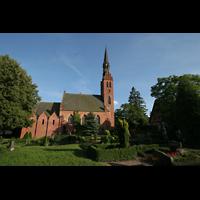 Basedow, Dorfkirche, Gesamtansicht