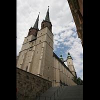 Halle (Saale), Marktkirche unserer Lieben Frauen (Hauptorgel), Gesamtansicht von den Treppen 'An der Marienkirche'
