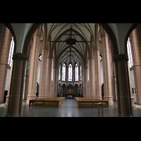 Köln, St. Agnes, Innenraum / Hauptschiff in Richtung Chor
