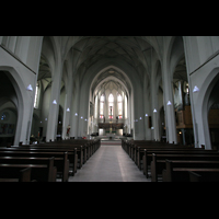 Köln, St. Paul, Innenraum / Hauptschiff in Richtung Chor