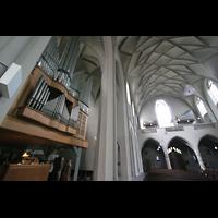 Köln, St. Paul, Orgel mit Blick zur Rückwand