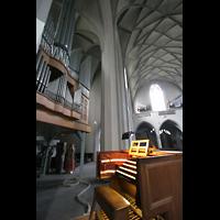 Köln, St. Paul, Spieltisch mit Orgel