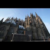 Köln, Dom St.Peter und Maria (Truhenorgel), Außenansicht von der Seite
