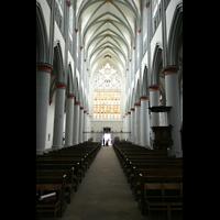 Altenberg, Dom, Innenraum / Hauptschiff in Richtung Westfenster