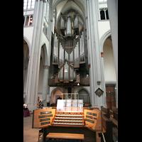 Altenberg, Dom, Mobiler Spieltisch mit Blick auf die Orgel