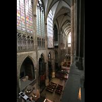Köln, Dom St.Peter und Maria (Truhenorgel), Blick vom Domumgang ins Querhaus