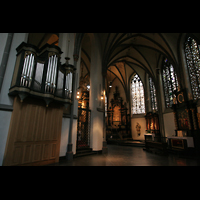 Düsseldorf, Basilika St. Lambertus, Rückseite der Chororgel im Chorumgang