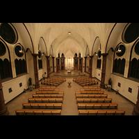 Berlin (Wilmersdorf), Heilig-Kreuz-Kirche, Innenraum von der Orgelempore aus