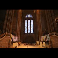 Liverpool, Anglican Cathedral (Hauptorgelanlage), Westfenster über dem Hauptportal