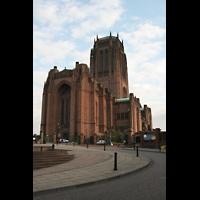 Liverpool, Anglican Cathedral (Hauptorgelanlage), Fassade und Turm