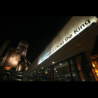 Liverpool, Metropolitan Cathedral of Christ the King, Mount Pleasant mit Kathedrale bei Nacht
