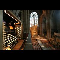 Liverpool, Anglican Cathedral (Hauptorgelanlage), Blick vom Spieltisch in Richtung Chor