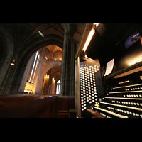 Liverpool, Anglican Cathedral (Hauptorgelanlage), Spieltisch und Vierung