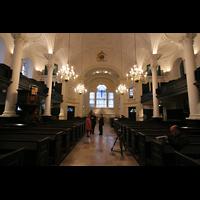 London, St. Martin-in-the-Fields, Innenraum / Hauptschiff in Richtung Rückwand