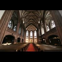 Frankfurt am Main, Dreikönigskirche, Innenraum / Hauptschiff in Richtung Chor