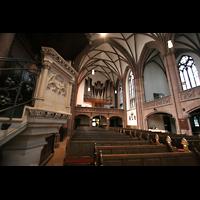 Frankfurt am Main, Dreikönigskirche, Kanzel und Orgel