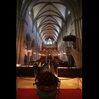 Zürich, Fraumünster, Blick vom Chor zur Orgel