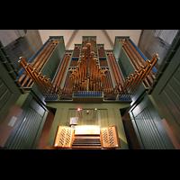 Zürich, Großmünster, Spieltisch mit Orgel