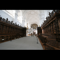 Sankt Urban (St. Urban), Klosterkirche, Chorgestühl mit Blick zur Orgel