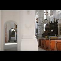 Sankt Urban (St. Urban), Klosterkirche, Blick vom Chorraum ins Seitenschiff