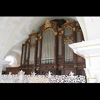 Engelberg, Klosterkirche (Hauptorgel), Blick vom Seitenschiff zur großen Orgel