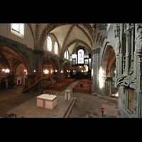 Chur, Kathedrale St. Mariae Himmelfahrt (Chororgel), Blick vom Chor zur großen Orgel