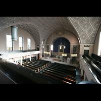 Berlin - Pankow, Hoffnungskirche, Blick von der Orgelempore