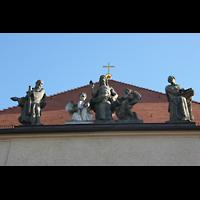 Berlin - Pankow, Hoffnungskirche, Detail am Dach