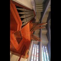 Berlin (Wilmersdorf), Ev. Kirche am Hohenzollernplatz (Hauptorgel), Pedalturm und Spanische Trompeten