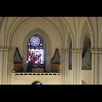 Berlin (Schöneberg), St. Matthias, Blick von einem Baugerüst im Chor zur Orgel