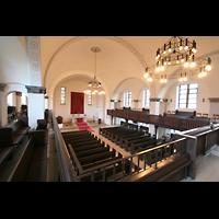 Berlin (Lichtenberg), Kirche zur frohen Botschaft, Karlshorst (Amalien-Orgel), Innenraum von der Orgelempore aus