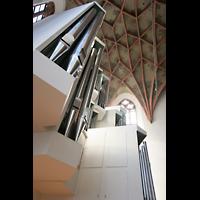 Halle (Saale), Konzerthalle (ehem. Ulrichskirche), Perspektivischer Blick auf die große Orgel